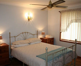 Caits Cottage Bed And Breakfast - Surfers Gold Coast