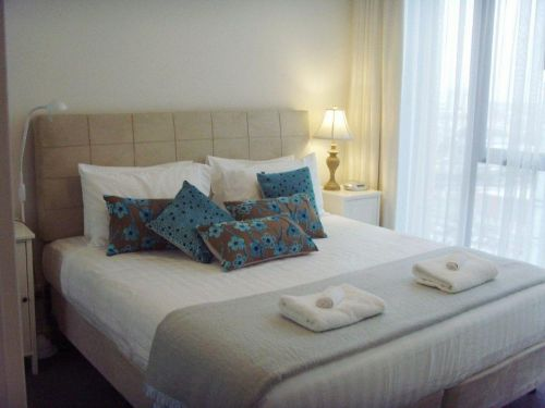 Melbourne Serviced Apartments - Southbank - Surfers Gold Coast