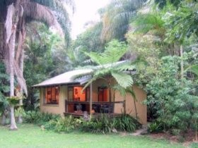 Cottages On The Creek - Surfers Gold Coast