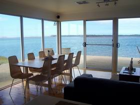 Coorong Beach House - Surfers Gold Coast