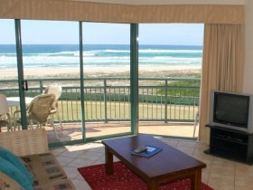 Currumbin Sands Holiday Apartments - Surfers Gold Coast