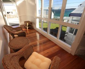 Sugarloaf Point Lighthouse Holiday Accommodation - Surfers Gold Coast