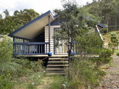 Huon Charm Waterfront Cottages - Surfers Gold Coast