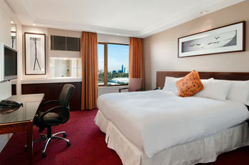 Pullman Melbourne on the Park - Surfers Gold Coast