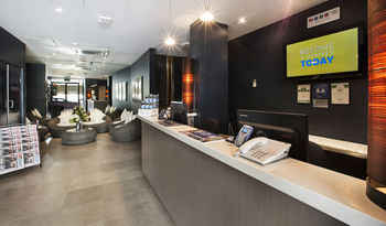 Quality Hotel Sands - Surfers Gold Coast
