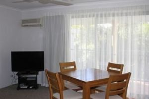 Chez Noosa Resort Motel - Surfers Gold Coast