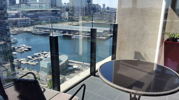 Apartment View Docklands Melbourne