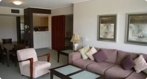 Castle Hill 503 Pen Furnished Apartment - Surfers Gold Coast