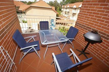 North Ryde 37 Cull Furnished Apartment - Surfers Gold Coast