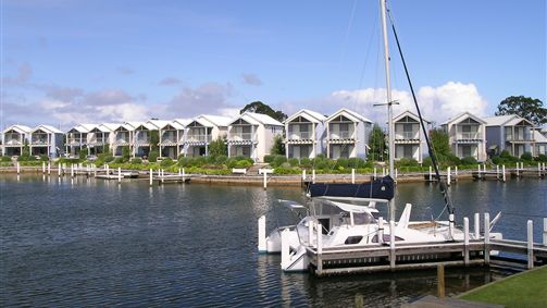 Captains Cove Resort - Surfers Gold Coast