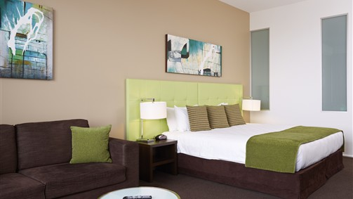 Mercure Melbourne Caroline Springs - Surfers Gold Coast