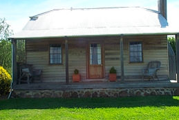 Brickendon Historic  Farm Cottages - Surfers Paradise Gold Coast
