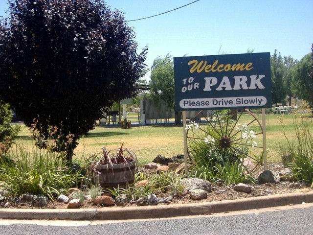 Country Club Caravan Park - Surfers Gold Coast