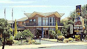 Countryman Motor Inn - Surfers Gold Coast