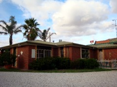 Foundry Palms Motel - Surfers Gold Coast