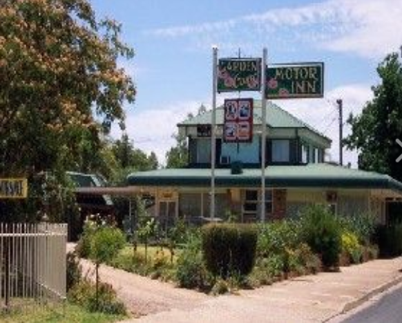 Garden Court Motor Inn - Surfers Gold Coast