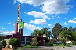 Mayfield Motel - Surfers Gold Coast