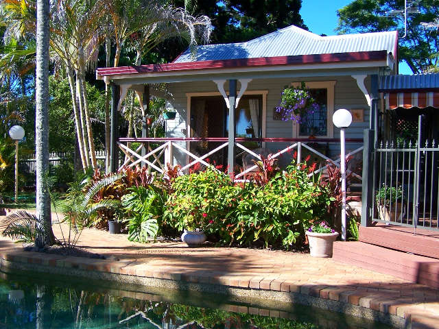 Mylinfield Bed  Breakfast - Surfers Paradise Gold Coast