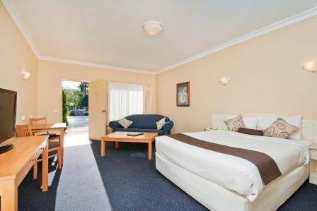 Nagambie Waterfront Motel - Surfers Gold Coast