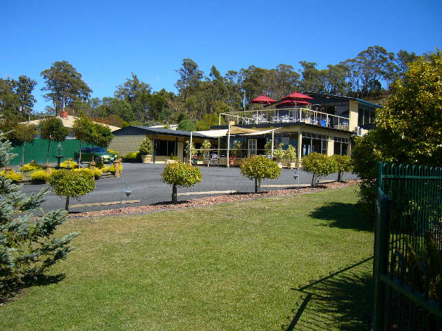 Tamar Cove Motel  Restaurant - Surfers Gold Coast