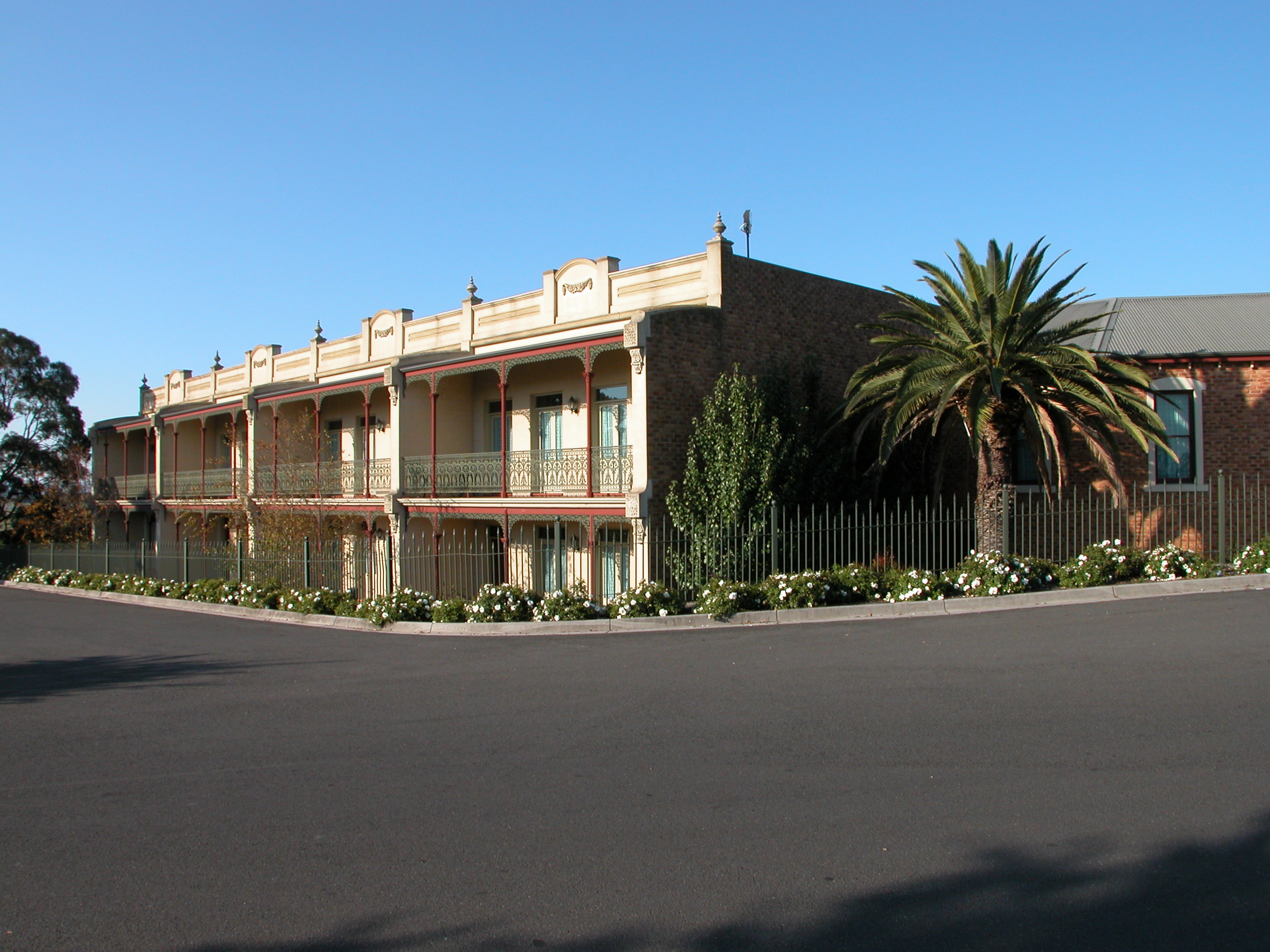 The Terrace Motel - Surfers Gold Coast