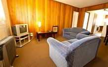 Snowy Mountains Motel - Adaminaby - Surfers Gold Coast