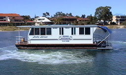 Dolphin Houseboat Holidays - Surfers Paradise Gold Coast