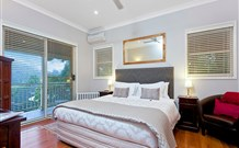 The Acreage Luxury BB and Guesthouse - - Surfers Gold Coast