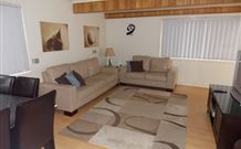 Cedar Pines Cottages - Surfers Gold Coast