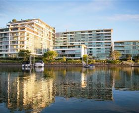 ULTIQA Freshwater Point Resort - Surfers Gold Coast