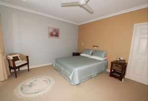 Crabapple Lane Bed and Breakfast - Surfers Gold Coast