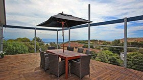 Coral Sands Seaview Beach House - Surfers Gold Coast
