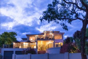 Eugenie's Luxury Accommodation - Surfers Gold Coast