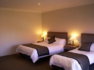 Parkes Int Motor Inn - Surfers Gold Coast