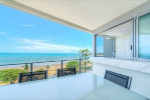 Salt Apartments - Surfers Gold Coast