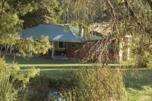 Crystal Springs Homestead - Surfers Gold Coast