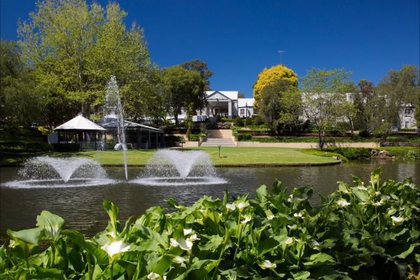 Crowne Plaza Hawkesbury Valley - Surfers Gold Coast