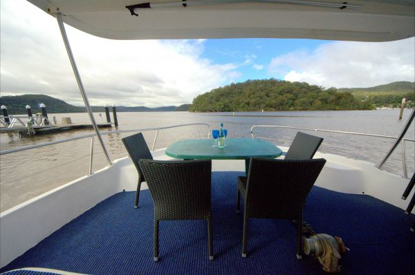 Luxury Afloat Hawkesbury River and Brooklyn - Surfers Gold Coast