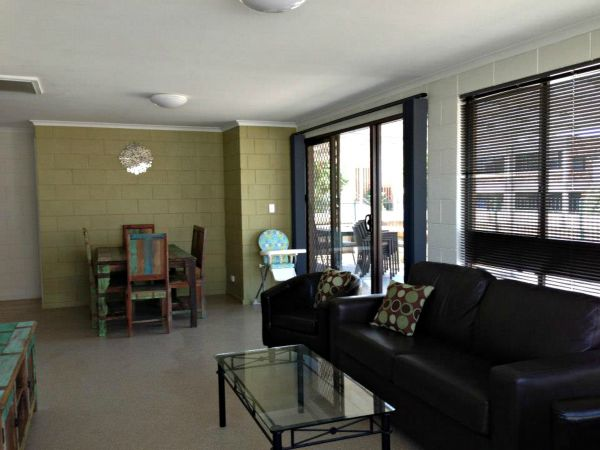 Petes Place - Surfers Paradise Gold Coast