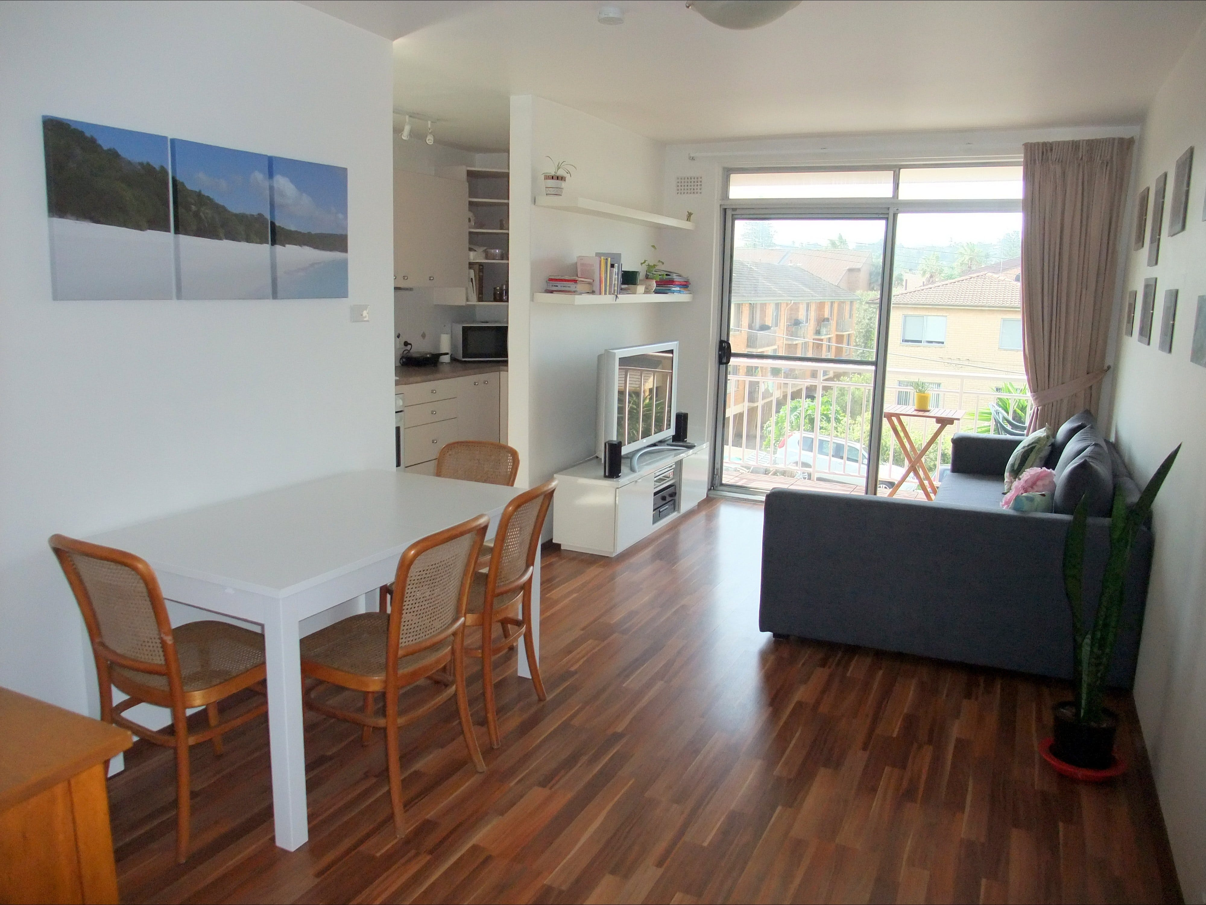Beach Stay Mona Vale - Surfers Gold Coast