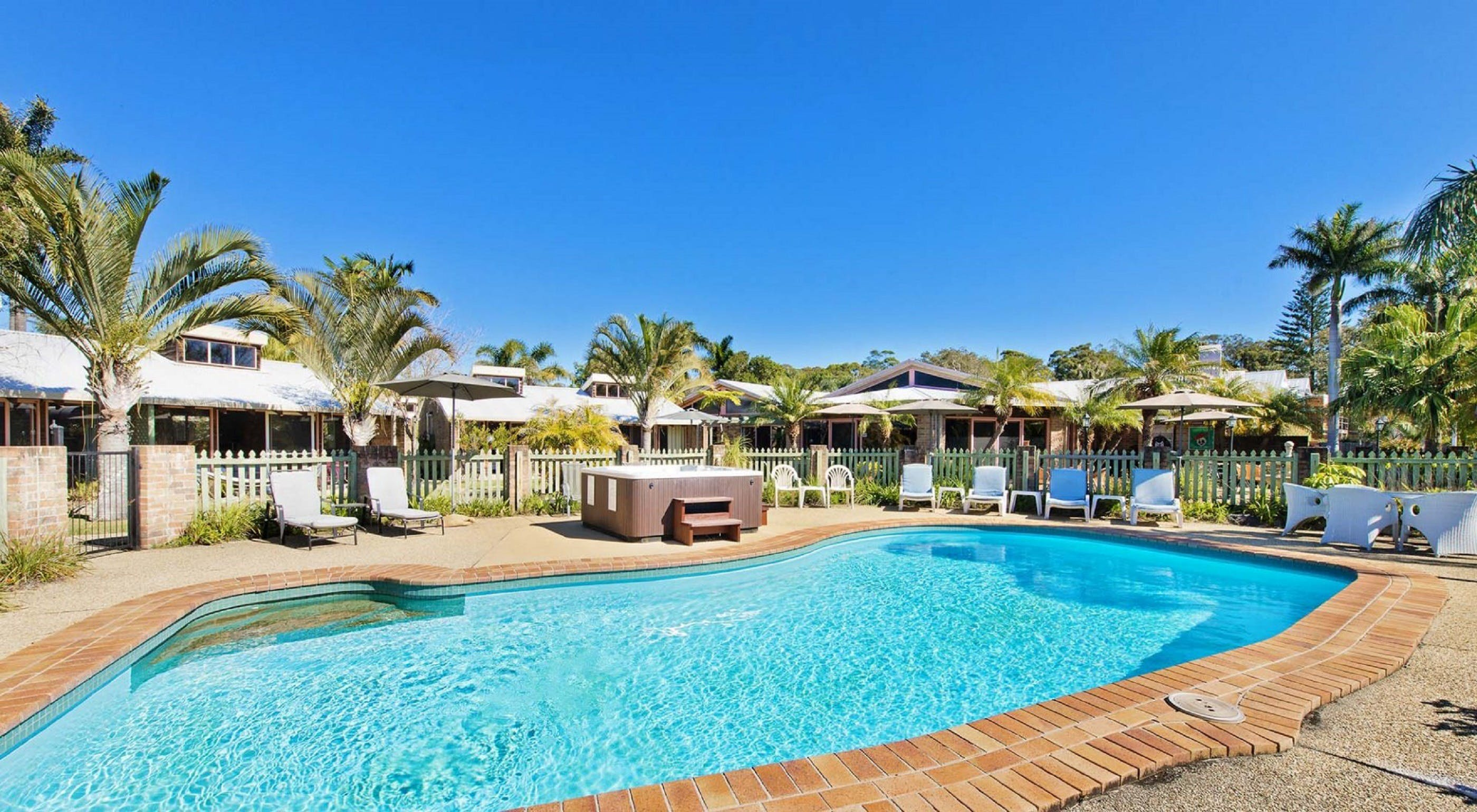 Crescent Head Resort And Conferance Centre - Surfers Gold Coast