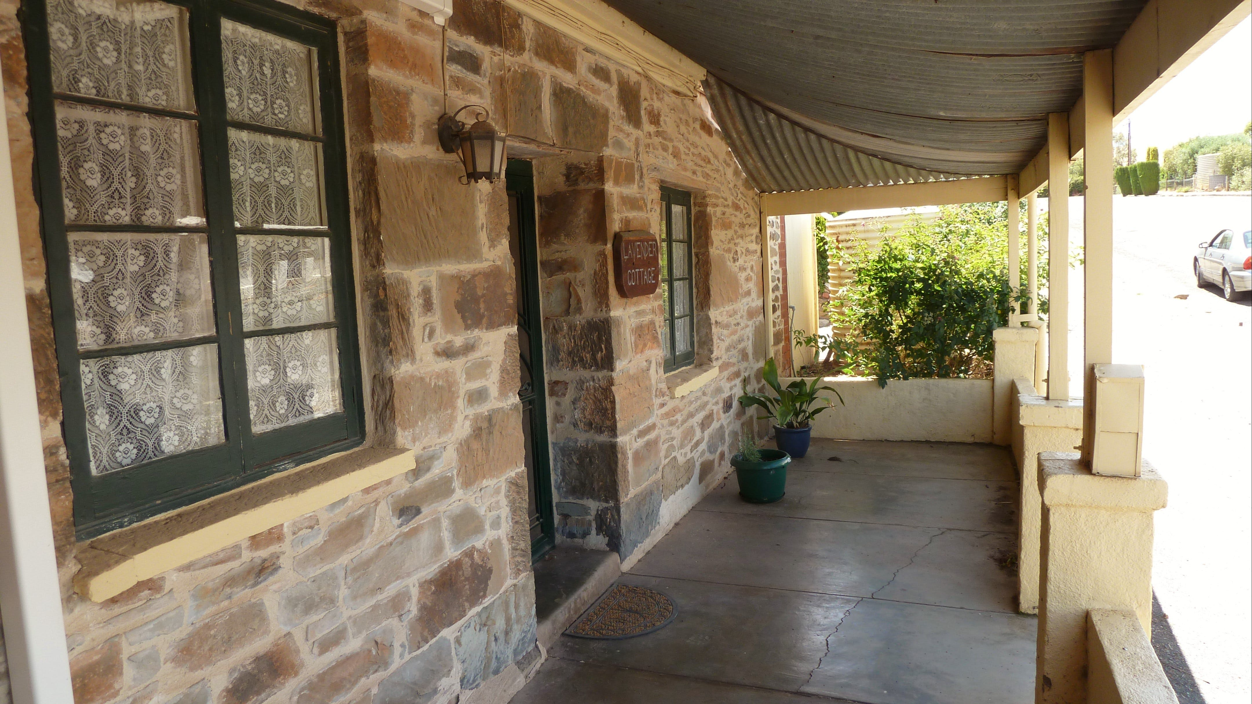 Lavender Cottage Bed And Breakfast Accommodation - Surfers Gold Coast