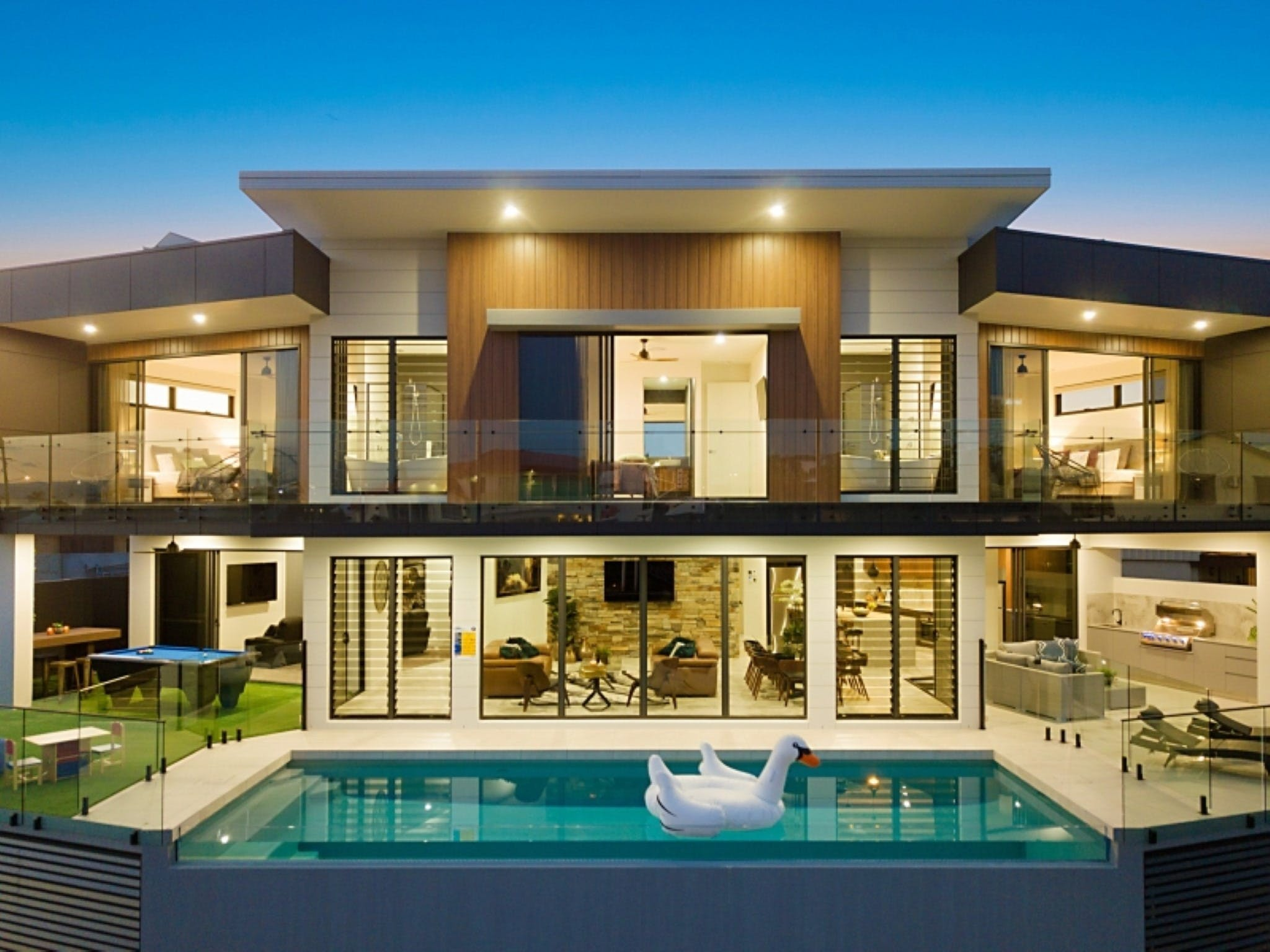Elite Holiday Homes - Affordable Luxury - Surfers Gold Coast