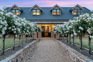 Abbotsford Country House - Surfers Gold Coast