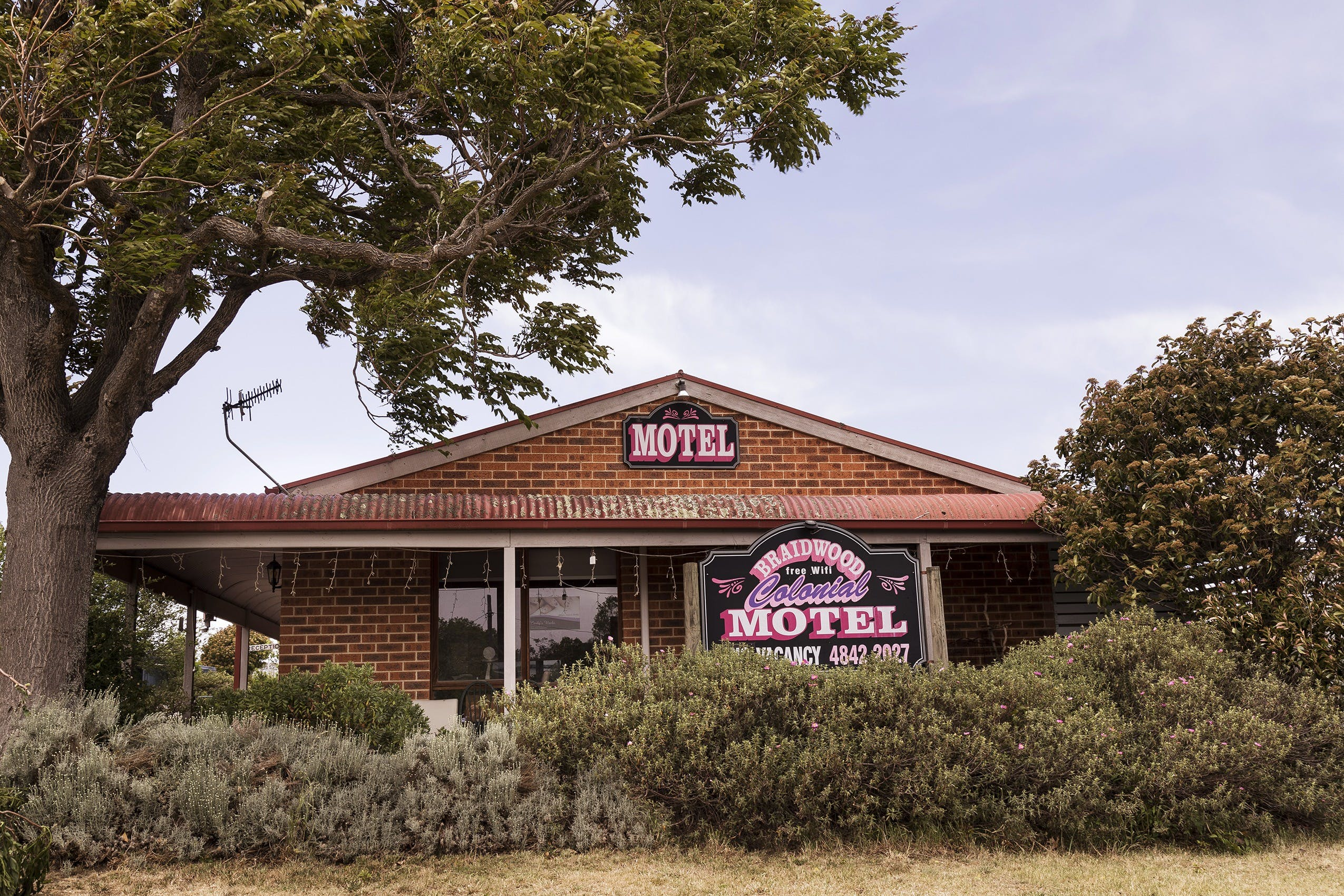 Colonial Motel - Surfers Gold Coast