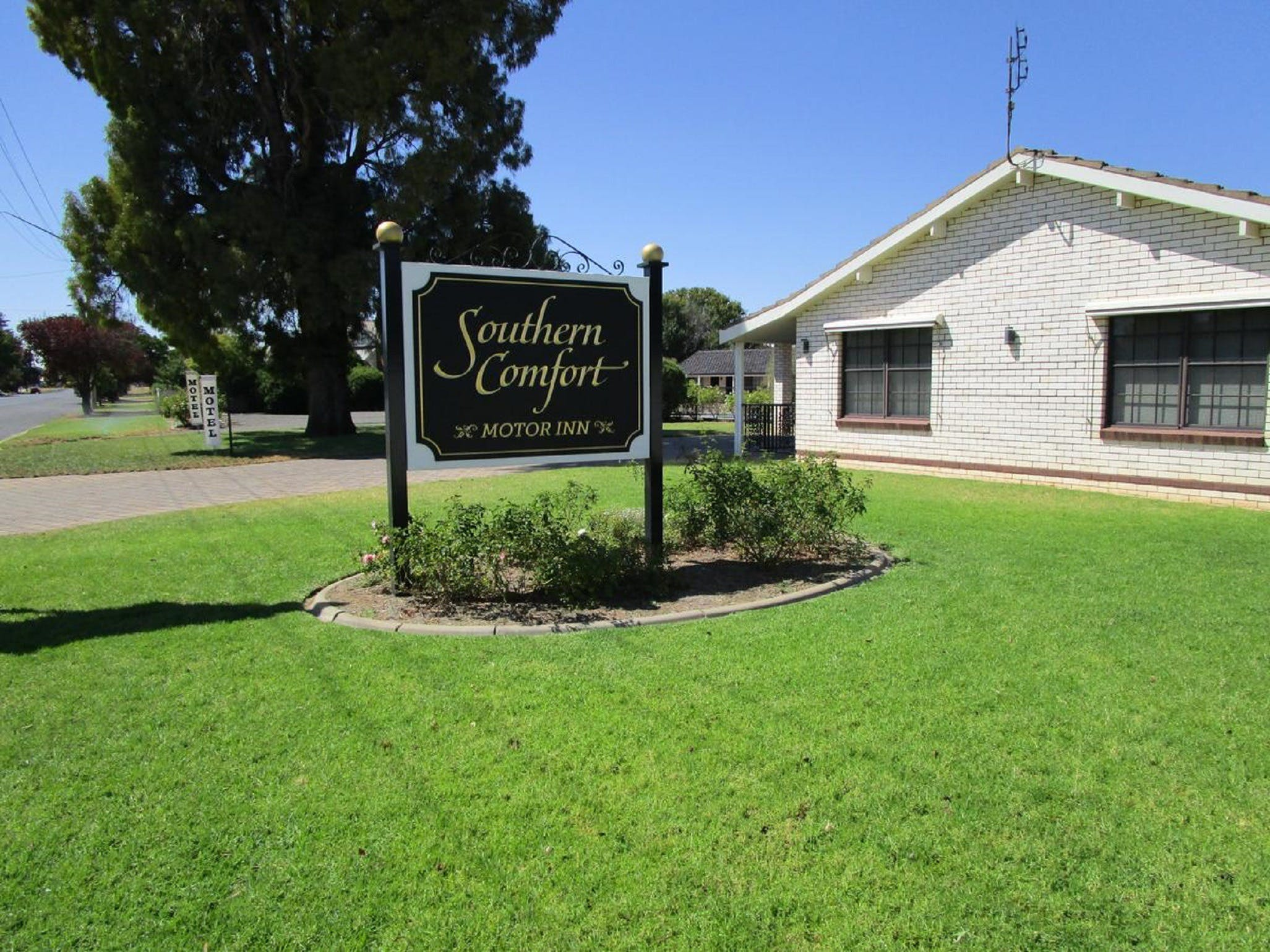 Southern Comfort Motor Inn - Surfers Gold Coast