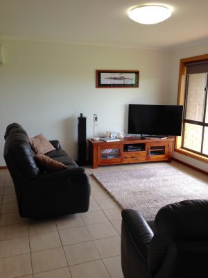 Springs Beach House - Surfers Gold Coast