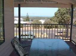 Mayflower Bed and Breakfast - Surfers Gold Coast
