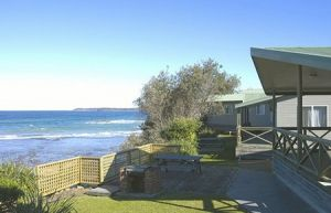 Berrara Beach Holiday Chalets - Surfers Gold Coast