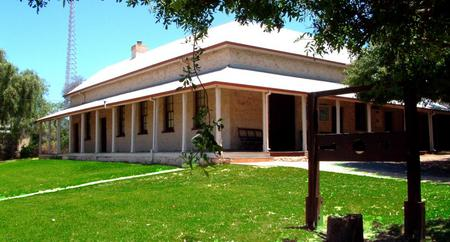 Dongara Denison Beach Holiday Park - Surfers Gold Coast